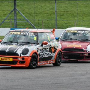 MINI Challenge 15 Donington Park GP