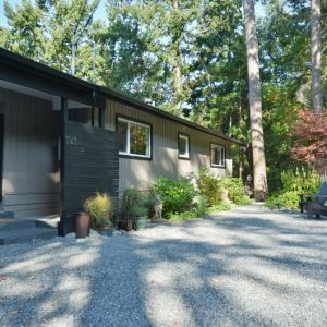 121 Mountain Park, Salt Spring Island